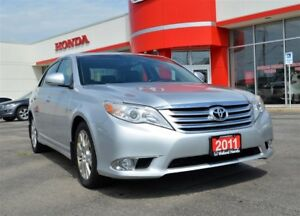 2011 Toyota Avalon XLS | LEATHER INTERIOR| ONE OWNER| NAVI