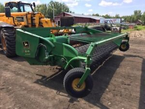 914 John Deere Pick Up Header
