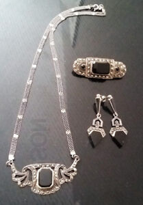 HIGH END ART DECO STERLING SILVER NECKLACE W. BLACK ONYX STONE