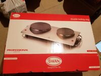 Swan Professional Series Double Boiling Ring (Model SBR202). As new boxed, hardly used.