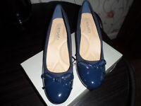 navy patent shoes