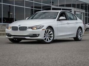 2013 BMW 320I xDrive AWD| Memory Leather Seats| Heated Seats + W
