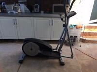 YORK FITNESS X500 CROSS TRAINER