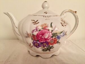 Vintage Porcelain Musical Tea Pot