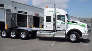 2015 Kenworth T880 Tri Drive Sleeper Heavy Haul Truck