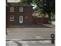 3 Bedroom Semi-Detached House to Let in B71 West Bromwich