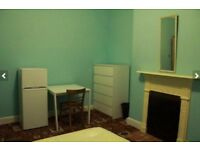 Spacious double room furnished av may 12 in Norbury SW16 for single occupation 129 week inc bills