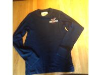 Hollister long sleeved T- shirt Size Small