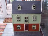 Dolls House- 3 storey, Fully furnished and beautifully decorated