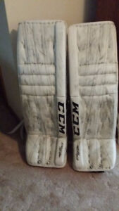 CCM EXTREME FLEX II ALL WHITE - 35+2 - IN GOOD CONDITION