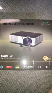 1080p Projector Built in Android