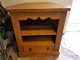 T.V CHEST £45 Can deliver