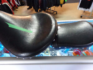 Harley saddle seat and pad-  recycledgear.ca