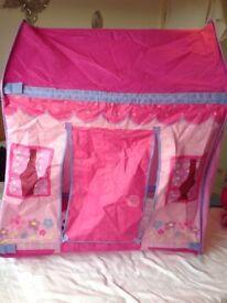 Wendy house / playhouse
