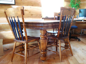 Extendable dining table and chairs solid oak and maple