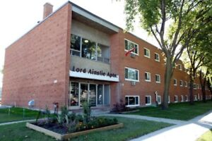 1 bdrm. available at 479 Ainslie St.