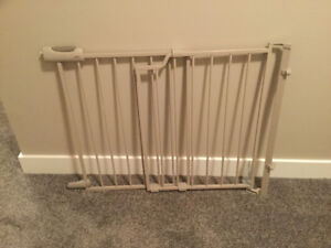 Bolt-in Top of Stairs Baby Gate