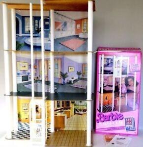 Maison de Barbie vintage Townhouse 1987 + boite et manuel RARE!