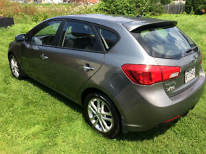 KIA FORTE 5 ANNEE 2011 CONDITION AAA1 FINANCEMENT MAISON 1-2-3