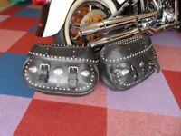 Original vintage harley davidson saddle bags . Best quality leather Genuine!! Harley Davidson.