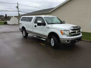 2013 Ford F-150 XLT 4X4 (PRICED REDUCED)
