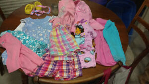 Lot of clothing size 2t