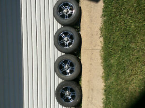 Tire's and Rims    (4) 265/17 off a 2001 Ford F-150 4x4