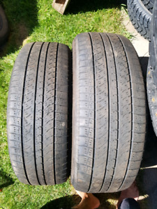 2 pneus Toyo 235/55r20