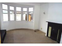 Light and airy garden flat in Leigh-on-sea