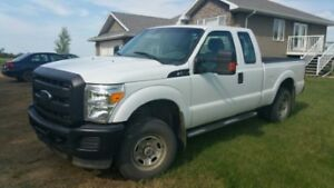 2012 Ford F-250 XL 4x4 Pickup Truck