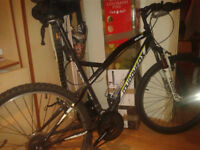 Muddy Fox Escape Mens Mountain Bike with cycle helmet