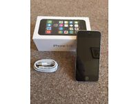 Apple Iphone 5s 16 gb grey and black EE-Virgin immaculate with box