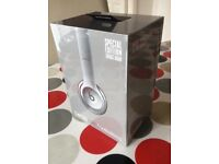 Beats Solo 2 Wireless BRAND NEW