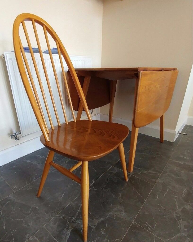 Ercol 1960s vintage drop-leaf dining table with four Windsor Quaker chairs