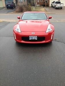 2013 Nissan 370Z Coupe (2 door)