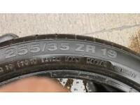 255/35/19 part worn tyres..