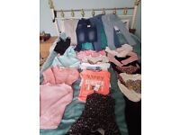 Girls mostly 8-9 clothes couple of 7-8 in the bundle