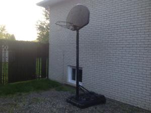 Panier de basket-ball à vendre