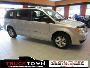 2008 Dodge Grand Caravan ECONOMICAL STOW AND GO!!