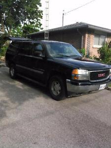 2001 GMC Yukon XL SUV, Crossover