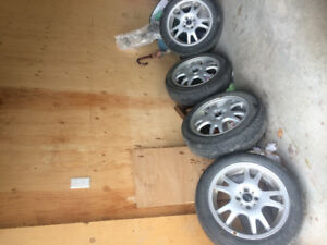 4 pneus pour 100.00$ Pour mini cooper