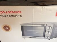Mini rotisserie oven