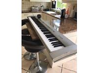 Technics p50 electric piano 88 weighted keys