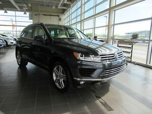 2016 Volkswagen Touareg 3.6L Highline PANORAMIC SUNROOF, LEAT...