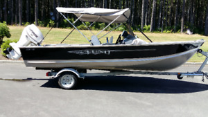 16' LUND BOAT, MOTOR AND TRAILER FOR SALE