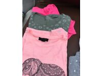 Girls short sleeve t-shirts excellent condition