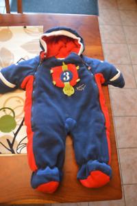 Manteau, habit d'automne-hiver pour bébé garcon 9 mois