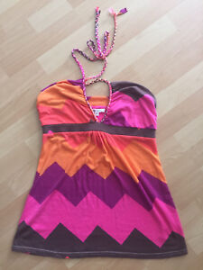 9 tank tops, all size large