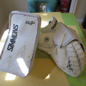 SIMMONS UL8 PRO SPEC GOALIE BLOCKER AND CATCHER