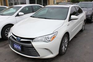 2016 Toyota Camry XLE Hybrid Leather Sunroof Loaded